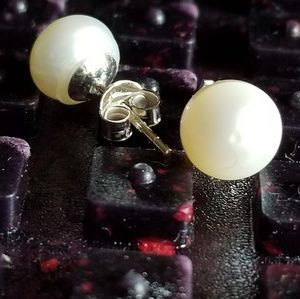 Freshwater Pearl Studs 925 SS Earrings